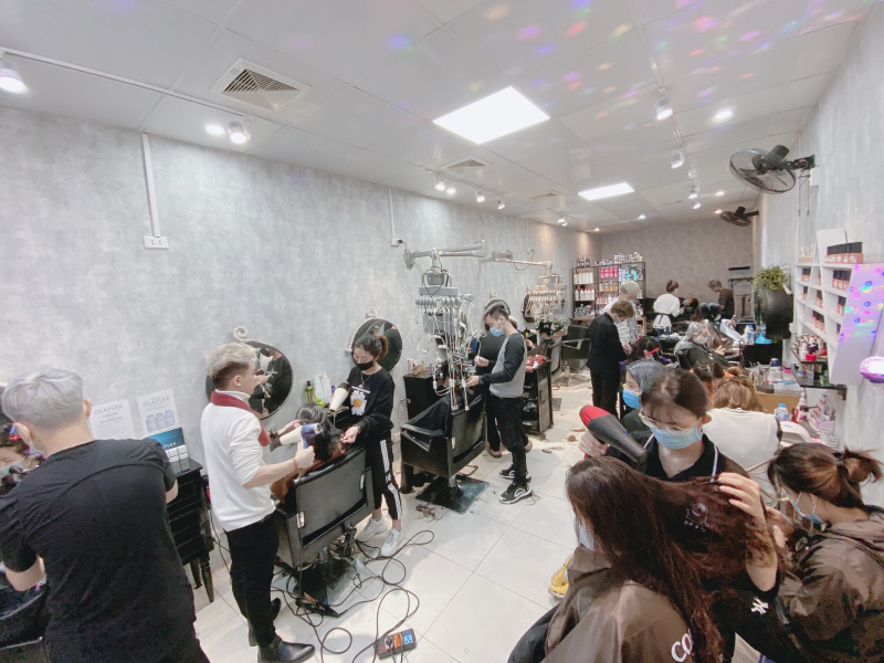 Long Hairsalon & Acedamy