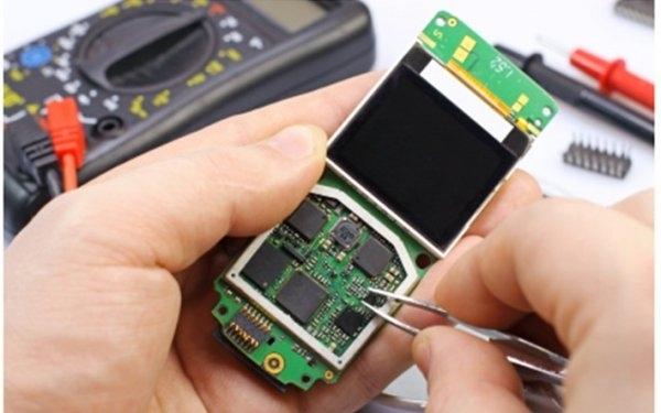 Sửa chữa điện thoại tại Long Mobi