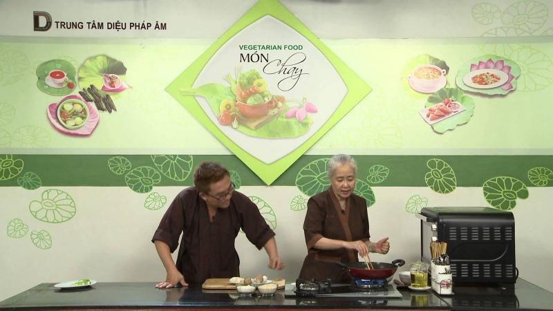 Lớp dạy nấu ăn của cô Dzoãn Cẩm Vân