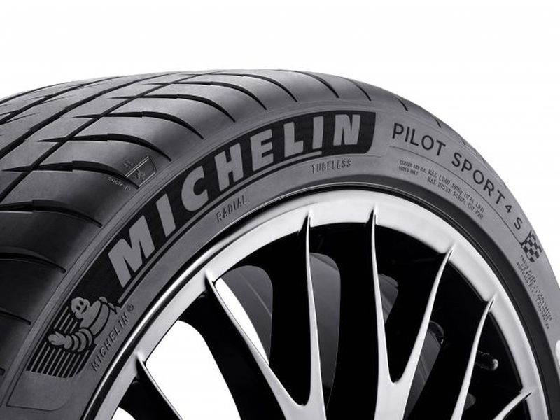 Lốp Michelin Pilot Sport 4 S