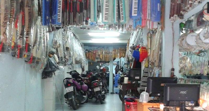 cửa hàng nhạc cụ Nụ Hồng