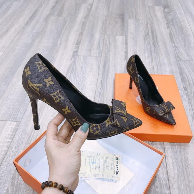 Giày Louis Vuitton