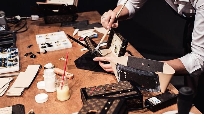 Túi Louis Vuitton được gia công tỉ mỉ 100%