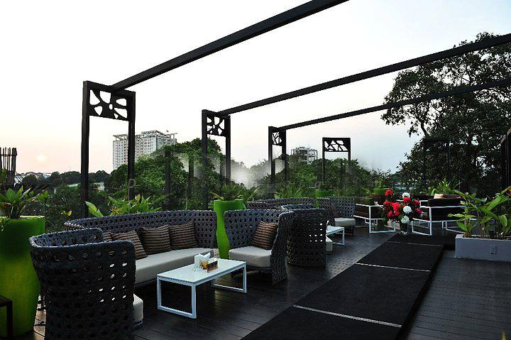 Quán Lounge Bar Cloud 9 không gian mở