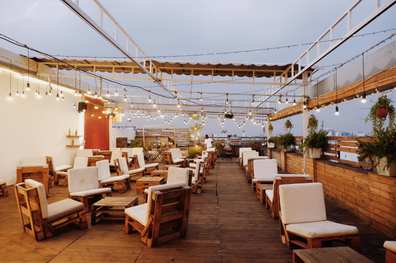 Love Rosie Rooftop Cafe & Cinema
