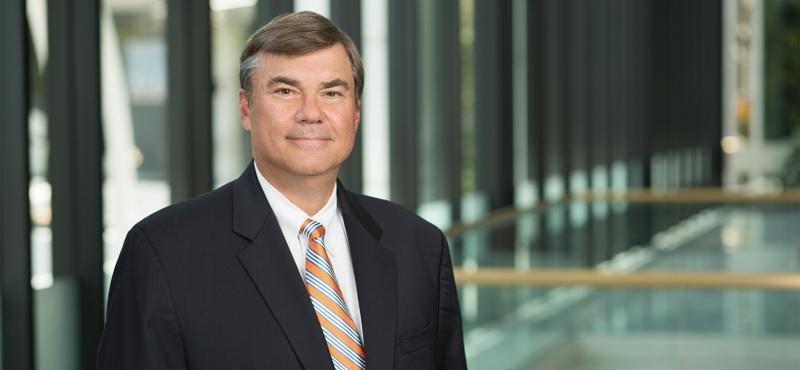 Luật sư Phil Beck