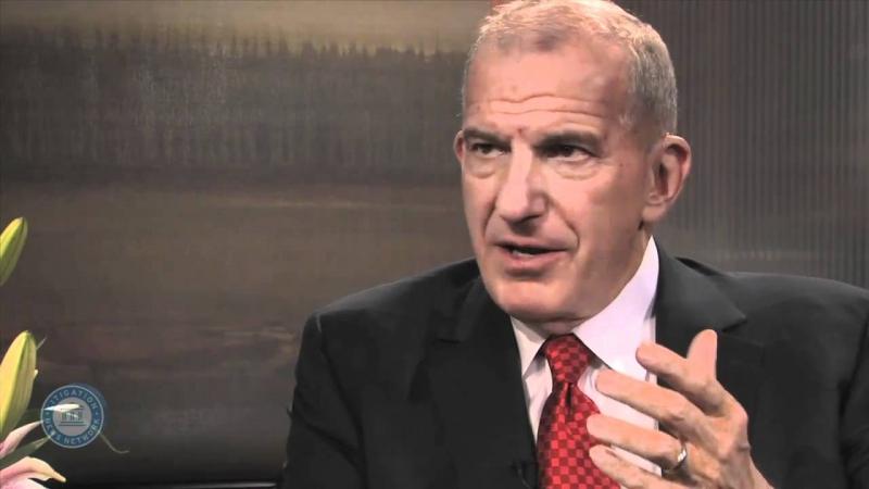 Luật sư Steve Susman