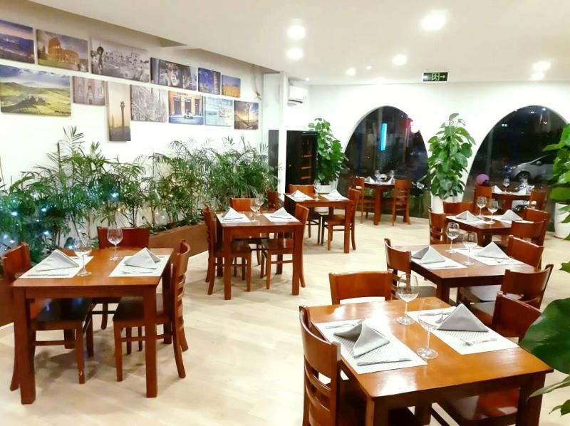 LUCA - Pizza & Italian Restaurant có không gian thoáng mát, đơn giản mà tinh tế