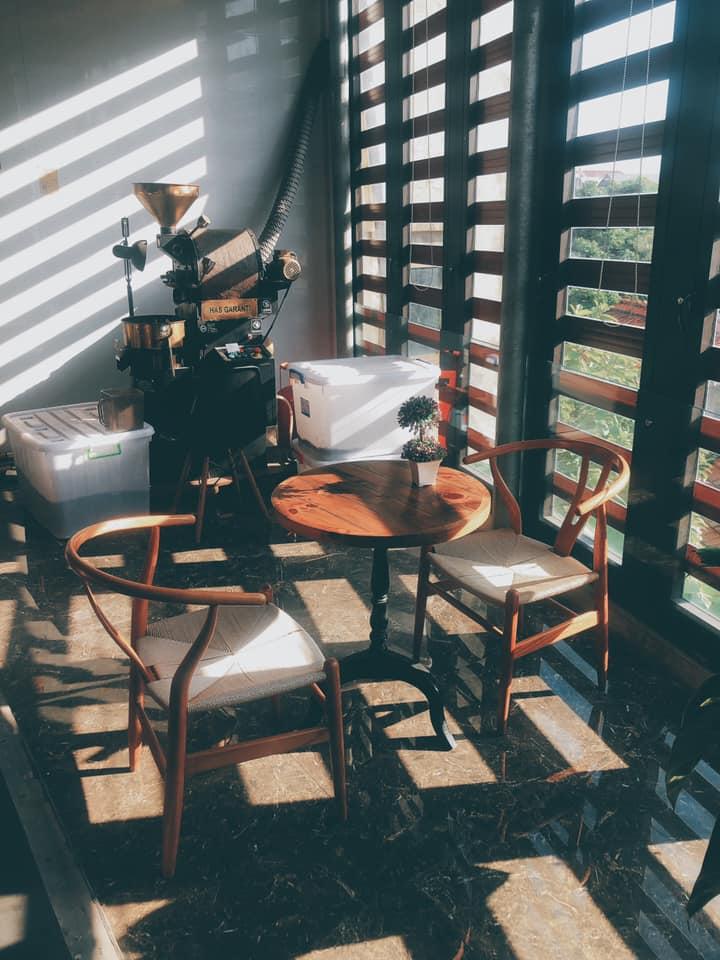 Không gian quán Luffy cafe