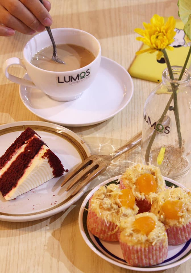 Lumos Coffee & Cake