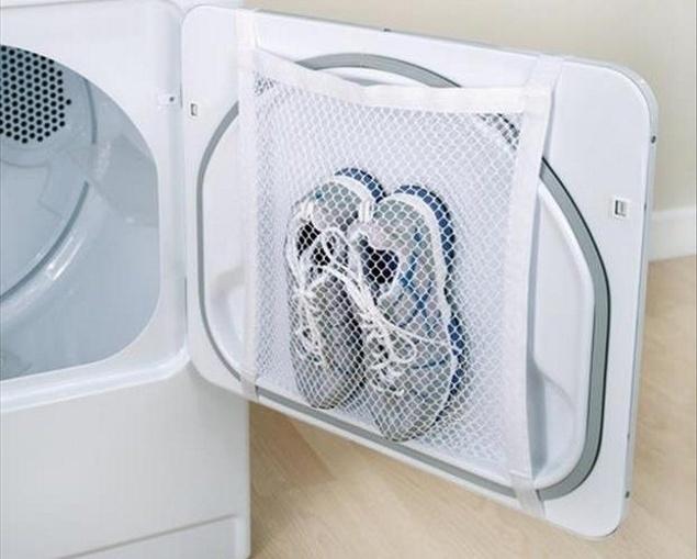 Giờ đây bạn có thể giặt giày trong máy giặt mà không lo hỏng giày.