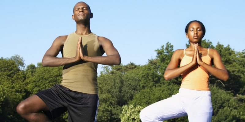 Tập yoga giúp năng cao sức khoẻ giảm nguy cơ mắc bệnh ung thư đại tràng