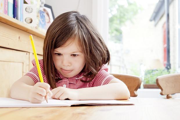 Thường xuyên thực hành sẽ giúp trẻ khắc sâu kiến thức hơn.