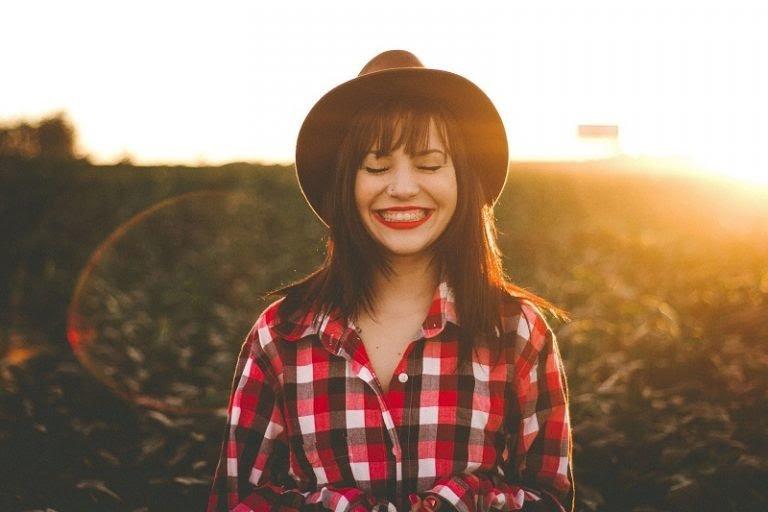 Luôn mỉm cười và cười nhiều hơn mỗi ngày