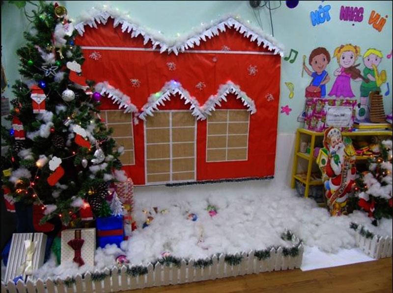Lưu ý khi trang trí Noel ở trường mầm non