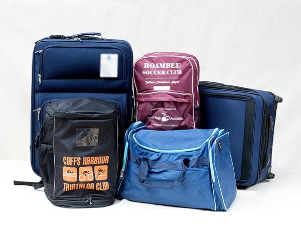 Khi xuất cảnh, bạn nên lưu ý về hành lý, hãng bay và giá vé máy bay