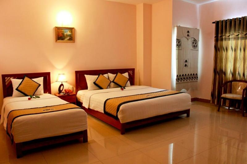 Phòng nghỉ tại Luxury Hotel Danang