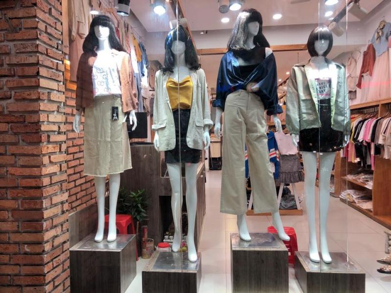Hình ảnh tại Luxy Fashion