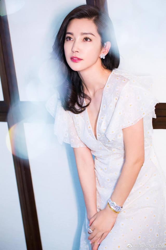 Lý Băng Băng là một trong những đại hoa đán màn ảnh Trung Quốc.