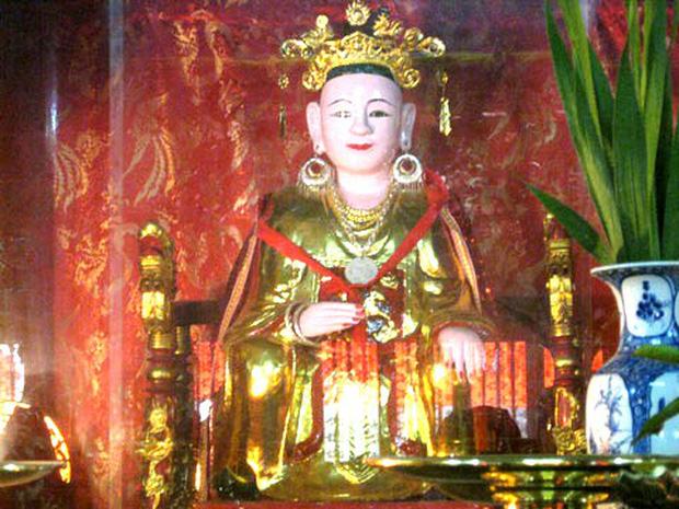 Trong lịch sử Việt Nam, Lý Chiêu Hoàng là vị Nữ hoàng đầu tiên và duy nhất