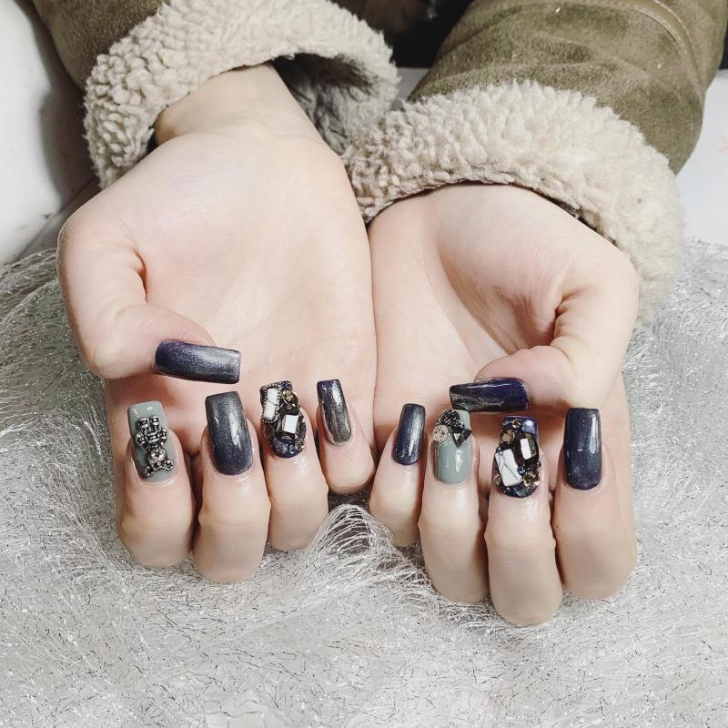 LyLy Nails