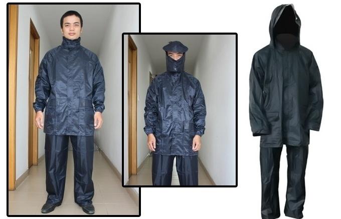 Mặc quần áo mưa gọn gàng