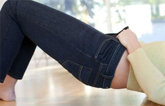 Mặc quần Jean bó quá sát