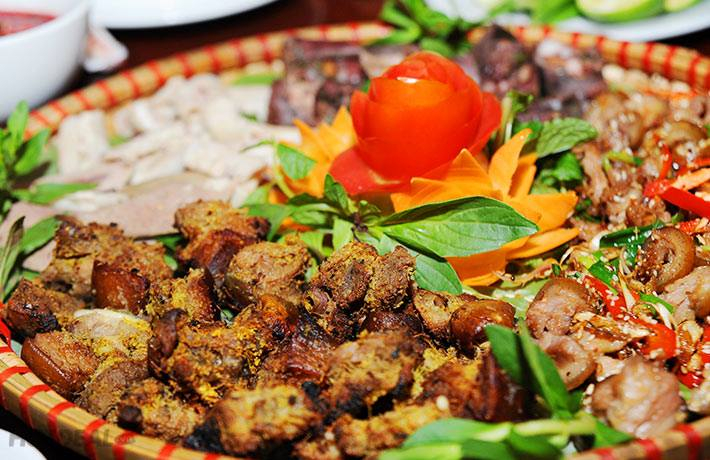 Nhà hàng Mai Châu - Ẩm Thực Hòa Bình