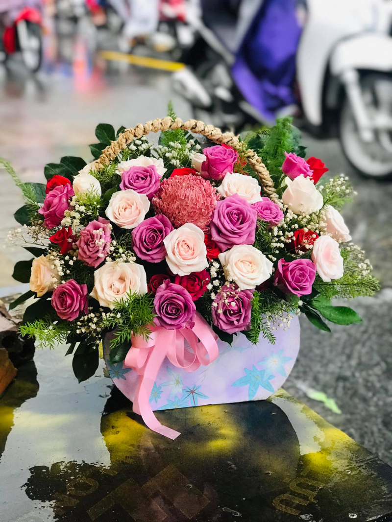Mai Flowers