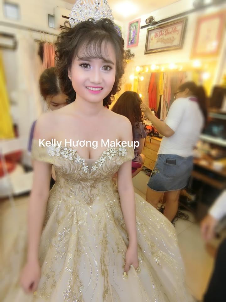 Make Up Kelly Hương