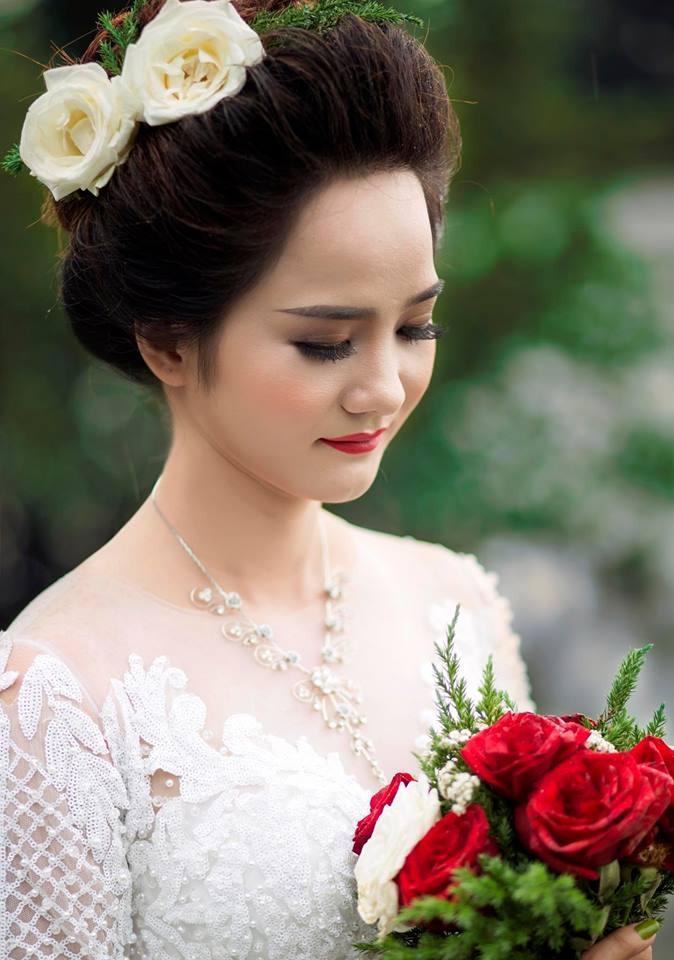 Make up Nguyễn Thi