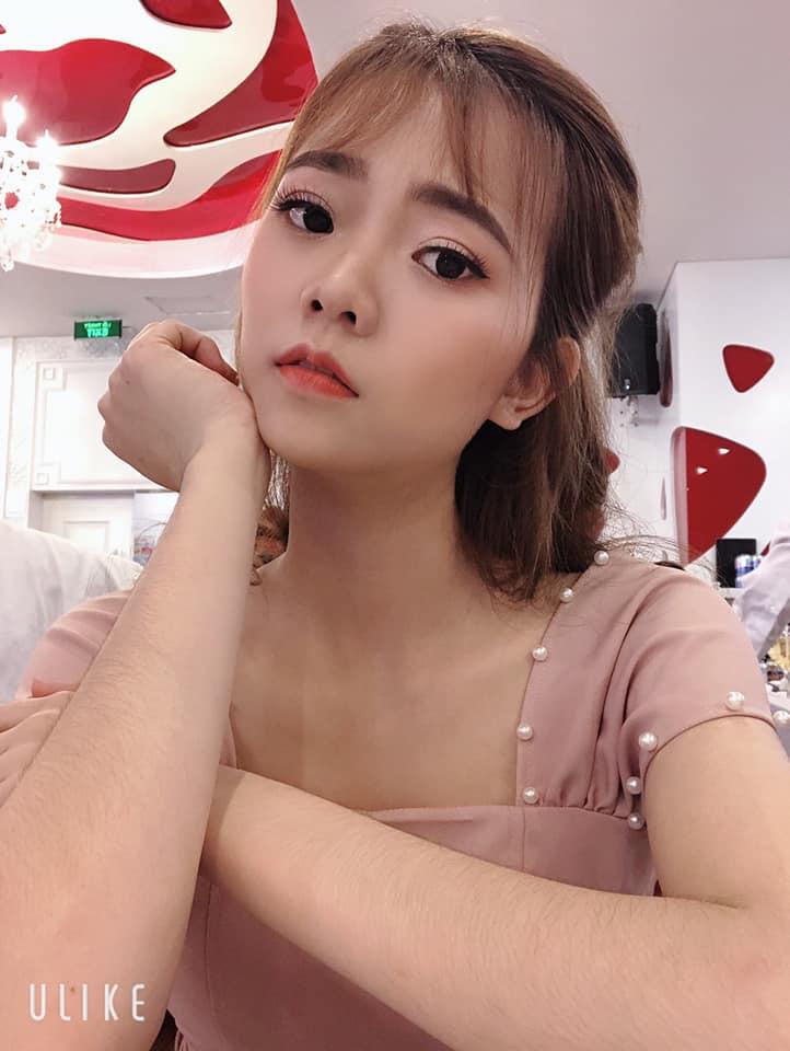 Make up Yến Lê