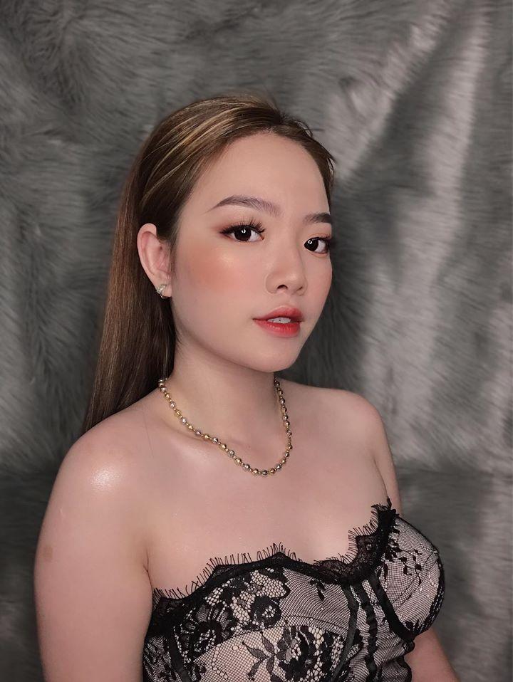 Makeup Artist Uyên