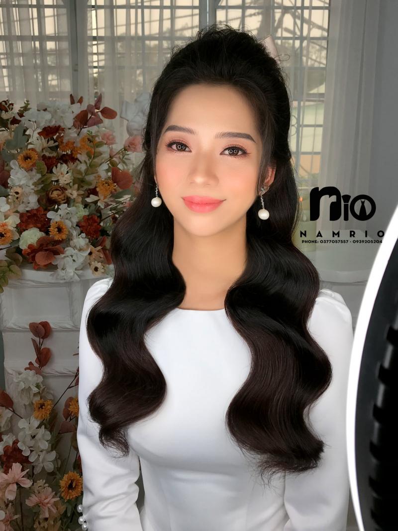 Makeup Nam Rio
