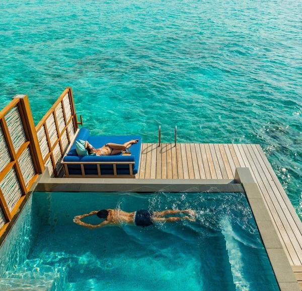 Những villa được xây trên mặt biển của Maldives