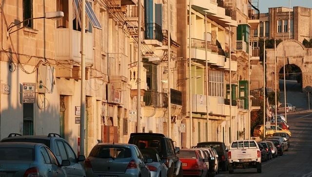 Tỉ lệ xe cộ ở Malta lên đến 579 xe trên 1000 người