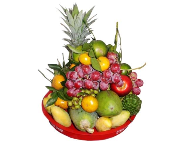 Mâm ngũ quả đã làm tăng thêm hương vị truyền thống của ngày Tết dân tộc.