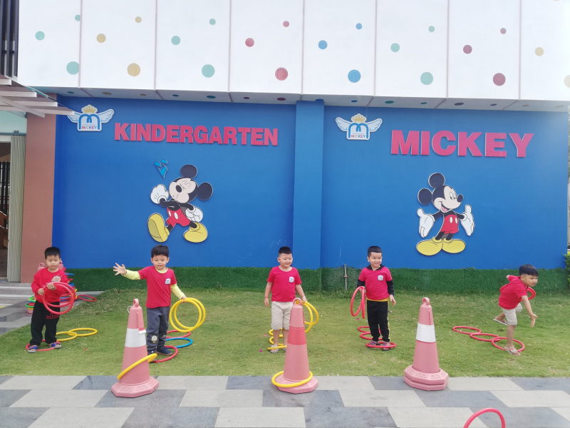 Mầm Non Mickey Montessori