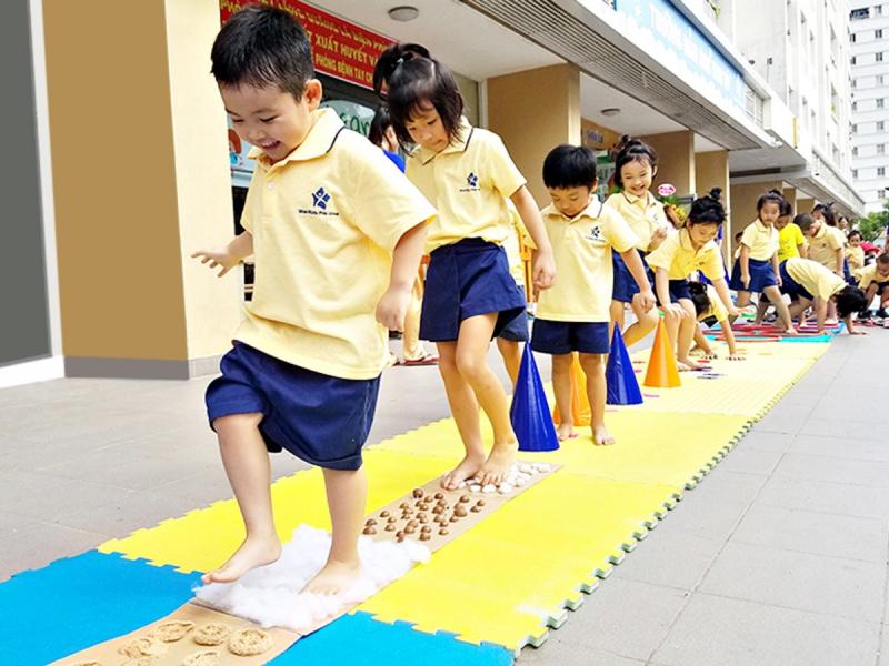 Mầm Non Tinh Tú StarKids Pre-School – Tân Phú