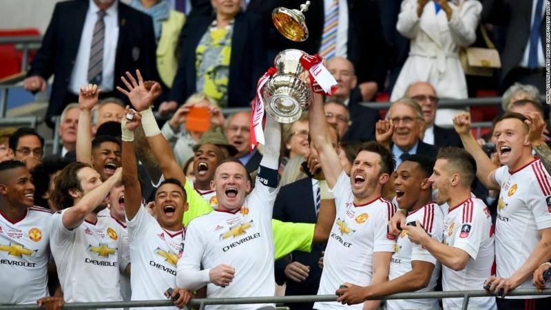 Rooney sưu tầm danh hiệu FA còn thiếu