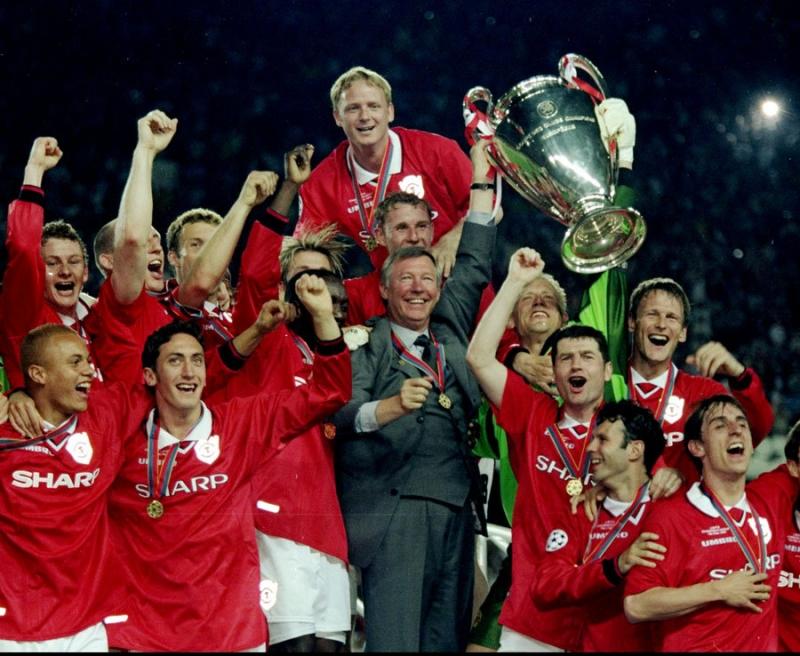 Chiếc cúp vô địch thần kỳ của Manchester United năm 1999