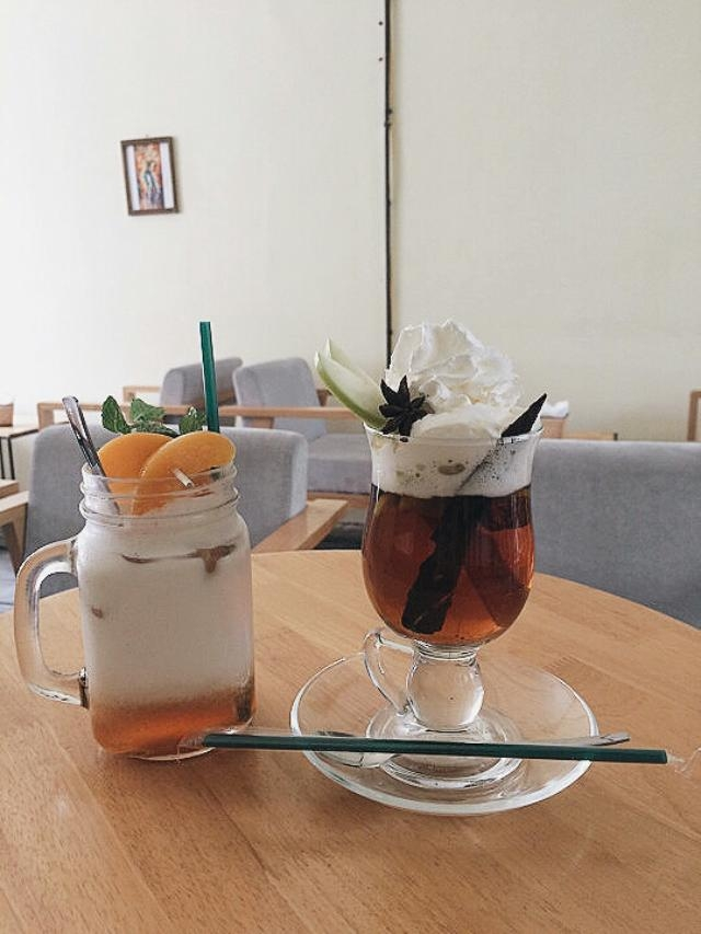 Maple Coffee có trà đào hương vị ngon và đậm đà