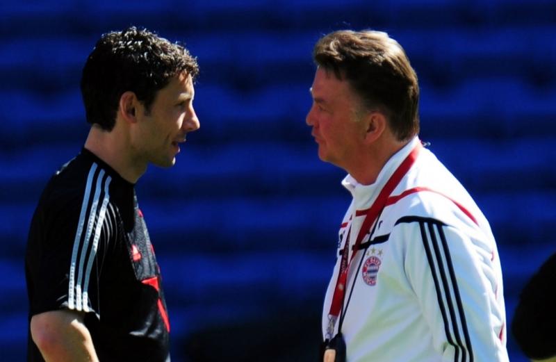 Van Bommel và Van Gaal là đồng hương