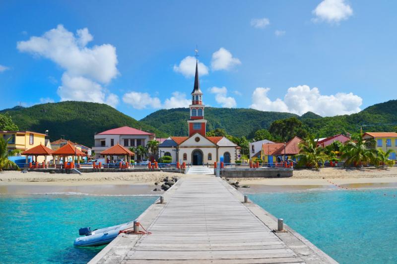 Martinique sở hữu những bãi tắm tuyệt đẹp với bầu không khí dễ chịu quanh năm