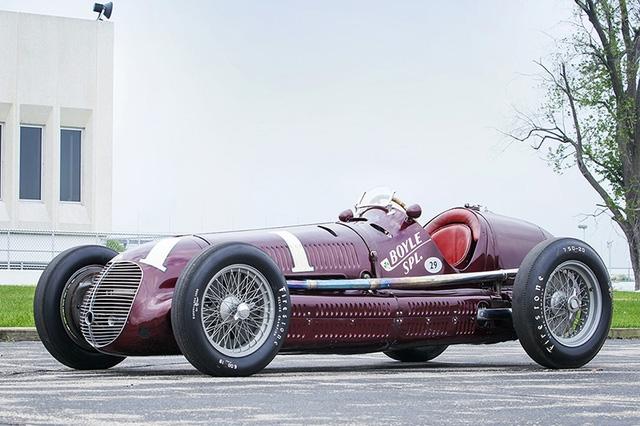 Chiếc xe đua có thiết kế rất đặc biệt