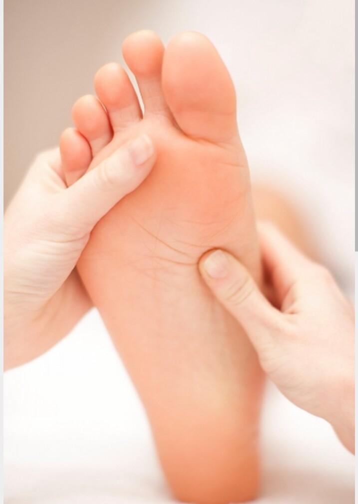 Massage lòng bàn chân giúp cải thiện sức khỏe