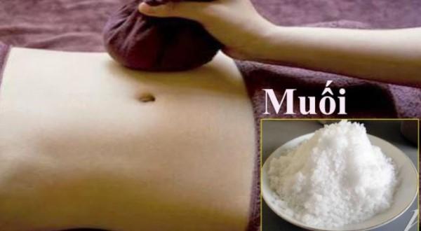 Massage giảm mỡ bụng với muối