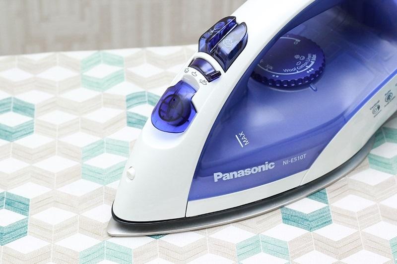 Bàn ủi hơi nước Panasonic PABU-NI-E510TDRA