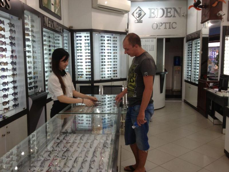 Mắt kính EDEN Bình Thuận