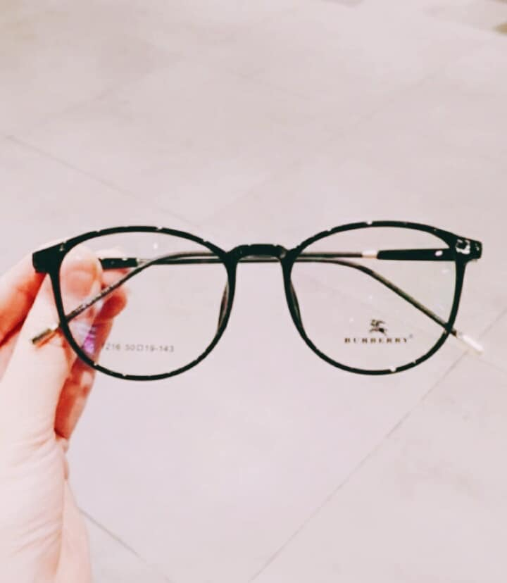 Mắt Kính Nha Trang